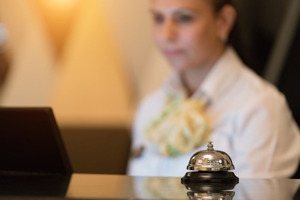 Hotels vs  Airbnb for Business Travel | Islip Limo