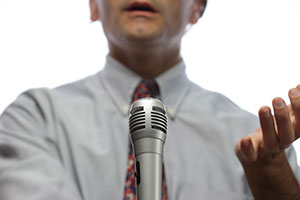 7 Public Speaking Tips for Corporate Travel Managers